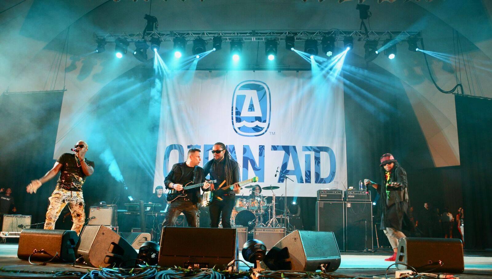 Maxi Priest live at OceanAid Music Festival 2017 - Waikiki Shell